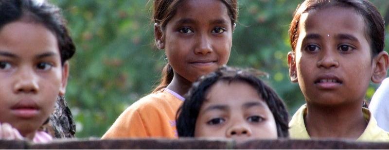 Kinder Indien